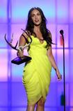 http://img125.imagevenue.com/loc1006/th_22650_celeb-city.org_Megan_Fox_Spike_TVs_Guys_Choice_Awards_05-30-2008_005_123_1006lo.jpg