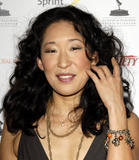 Сандра Ох, фото 20. Sandra Oh 2006 Primetime Emmy Nominees Party, August 25., foto 20