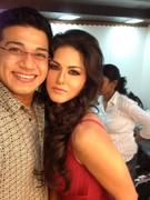 Sunny Leone on Set of New Photoshoot - Twitter Pics - x2