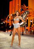 th_12848_Victoria_Secret_Celebrity_City_2008_FS_666_123_779lo.jpg